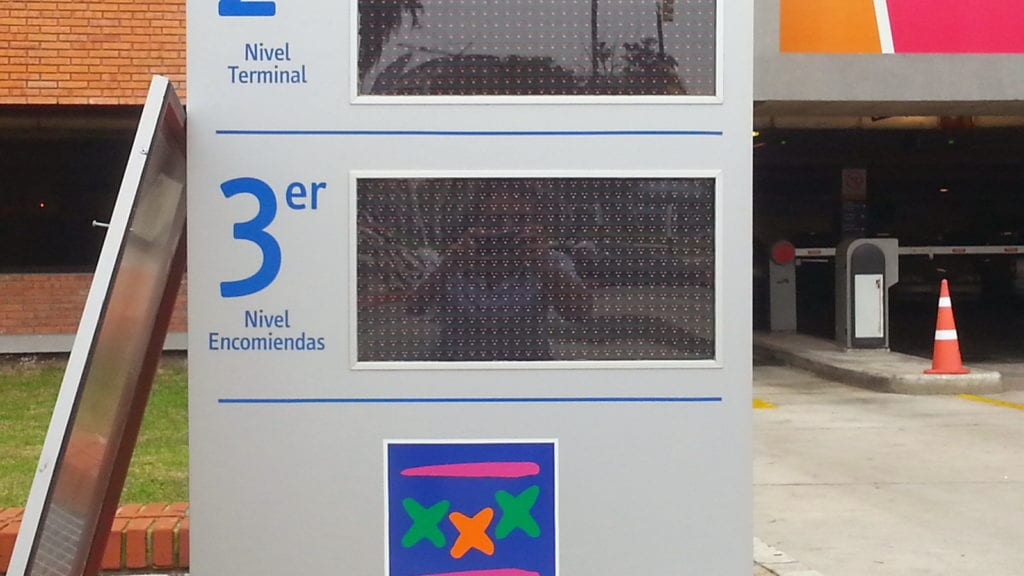 iParkings_terminal_tres_cruces_shopping (5)