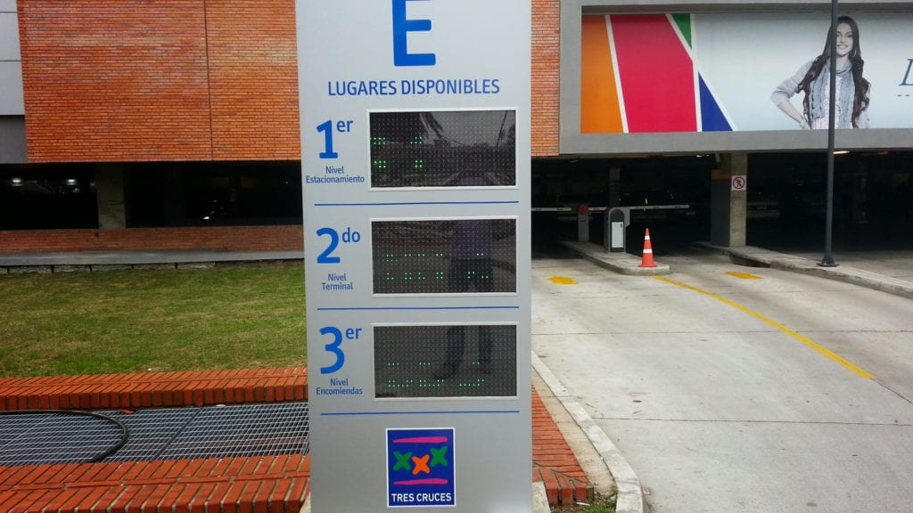iParkings_terminal_tres_cruces_shopping (6)